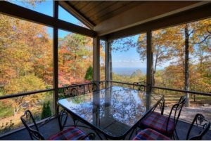 Dining room with beautiful views of the mountains.